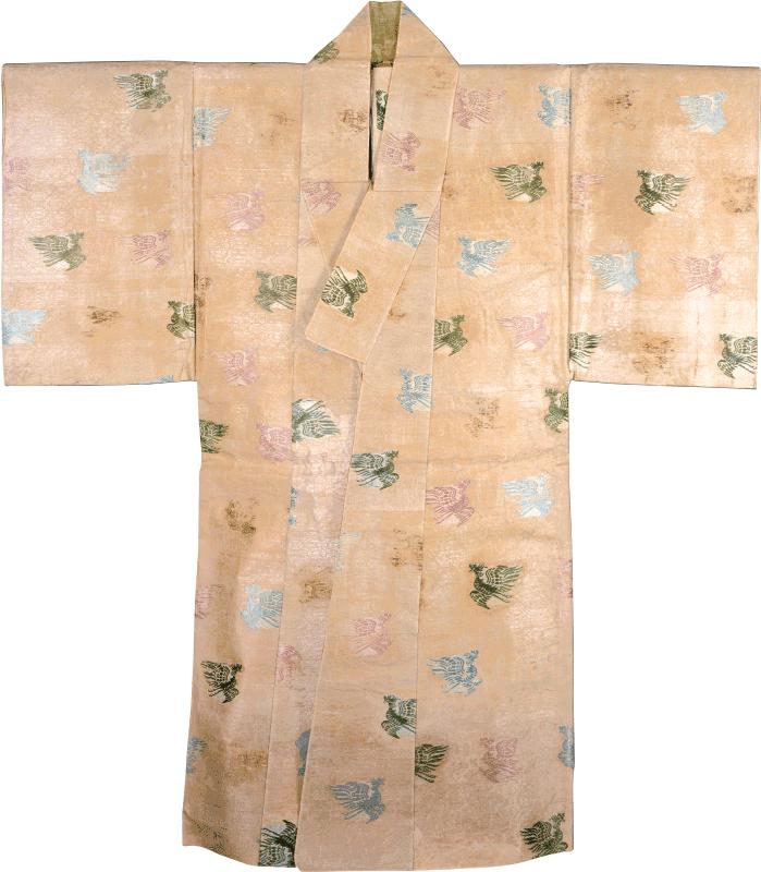 国宝 『表着 白地小葵鳳凰模様二陪織物』 鎌倉時代・13世紀 神奈川・鶴岡八幡宮蔵
