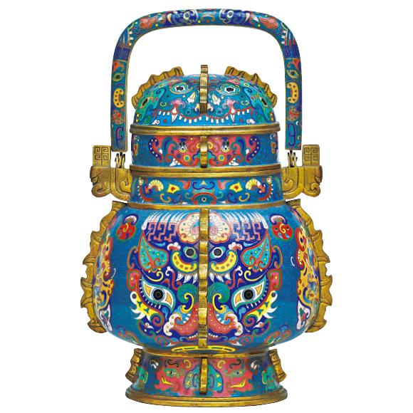 饕餮七宝卣とうてつしっぽうゆう 中国 清時代・19世紀 神谷伝兵衛氏寄贈 古代の青銅器にならって製作された七宝の器物。饕餮という怪獣が目玉を輝かせています。